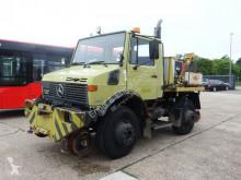 ciężarówka platforma burtowa Unimog