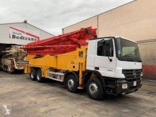 Used concrete pump truck truck Mercedes Actros 3241