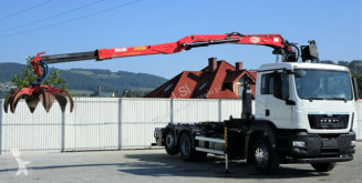 Camión MAN TGS 26.440 Abrollkipper 5,40m+Kran * 6x2 multivolquete usado