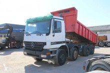 Camion benne Mercedes Actros 3235