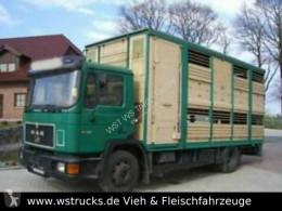 Camión MAN 14232 KABA Doppelstock remolque ganadero usado