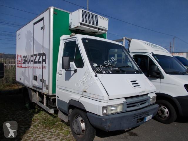 Voir les photos Camion Renault Master