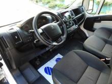 камион Peugeot BOXERPLANDEKA WINDA 8 PALET KLIMATYZACJA TEMPOMAT 180KM