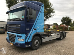 Camion porte containers DAF XF