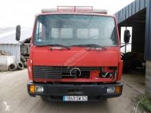 Camion bétaillère Mercedes 914