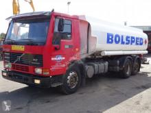 Camion Volvo FL7 citerne occasion