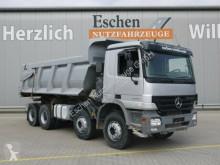 kamion stroj s více korbami Mercedes