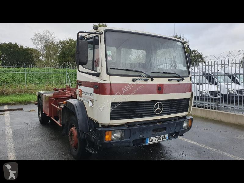 Voir les photos Camion Mercedes 2531 FOURGON