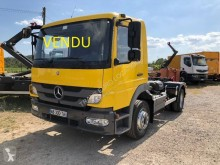 Camion polybenne Mercedes Atego 1218