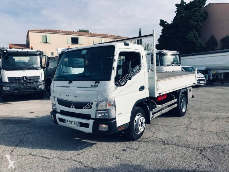 View images Fuso Canter 7C18 truck