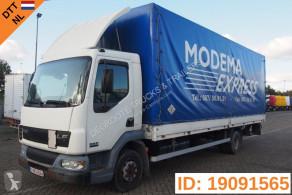 Camion centinato alla francese DAF LF 45.220