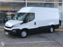 vrachtwagen Iveco 35S13V 12m3