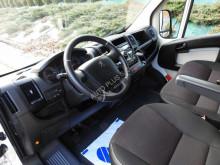camion savoyarde Peugeot