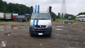 Renault bedecktes Pritschenfahrzeug Mascott