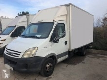 Camion Iveco Daily 35C10 fourgon occasion