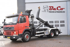Camion porte containers Volvo FM12