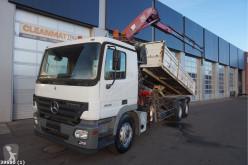 Camión volquete Mercedes Actros 2632