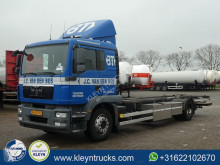 Ciężarówka MAN TGM 18.250 BDF używana