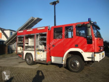 Camion pompiers Iveco 135EW 24 bomberos fire truck