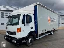 Camion Nissan Atleon 80.19 centinato alla francese usato