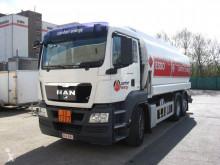 MAN REF-69 truck
