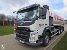 camion Volvo REF-455