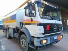 Ciężarówka cysterna Mercedes SK 1834