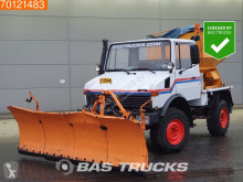 Mercedes Unimog 424 Good-Condition! Snowplough used snow plough-salt spreader