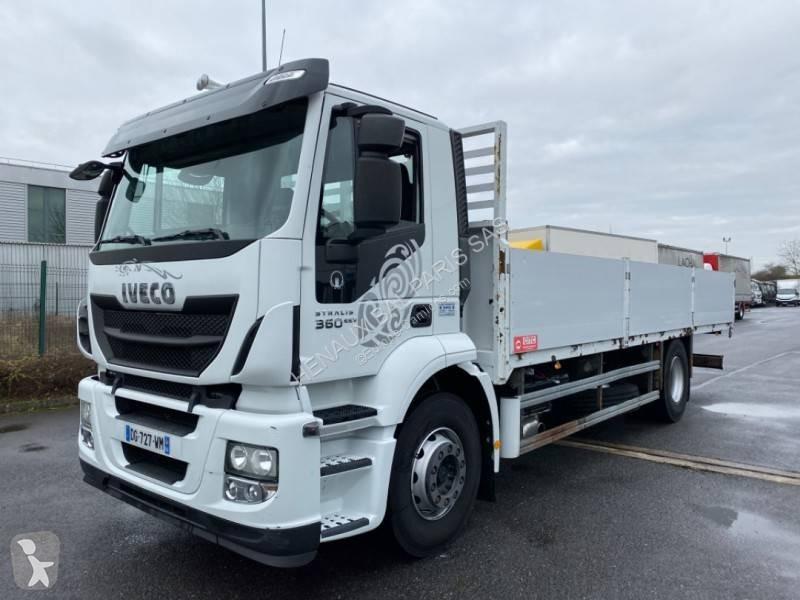 Преглед на снимките Камион Iveco Stralis 360