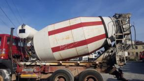 camion béton toupie / Malaxeur Cifa