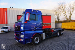 Camion MAN TGX 28.480 scarrabile incidentato