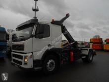 Camión Volvo FM 400 Gancho portacontenedor usado