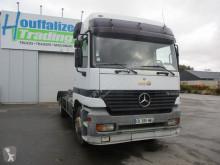 Kamyon konteyner taşıyıcı Mercedes Actros 2535