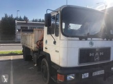 Camion MAN F 18.232 benă second-hand