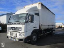 Camión lona corredera (tautliner) usado Volvo FM7 290