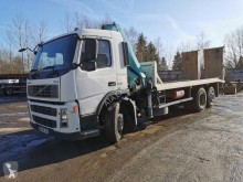 Volvo heavy equipment transport truck FM9 300