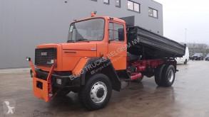 camion Iveco 190 - 16 (GRAND PONT / LAMES / V6 MOTEUR / 4X4)