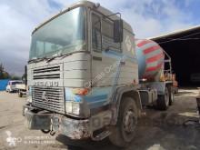 Camion calcestruzzo rotore / Mescolatore usato Pegaso