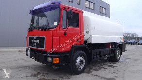 MAN 18.272 (BIG AXLE / 6 CYLINDER / STEEL SUSPENSION / 14000L / 2 COMPARTMENTS) truck