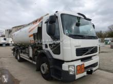 Camion citerne hydrocarbures Volvo FE 320