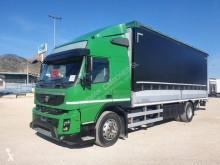 Camion Volvo FMX 450 Teloni scorrevoli (centinato) usato