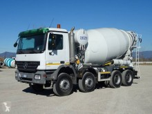 Camion béton toupie / Malaxeur Mercedes Actros 4141