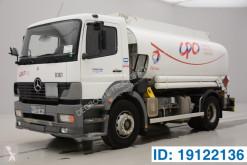 Камион цистерна химични продукти втора употреба Mercedes Atego 1823