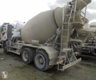 camion Iveco CAMION HORMIGONERA IVECO 310 6X4 2005 8M3