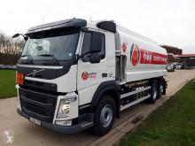 camion Volvo REF-624