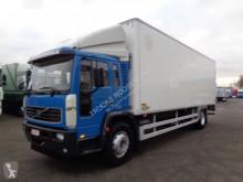 Camion fourgon occasion Volvo FL 220