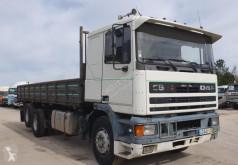 Camion DAF 95 ribaltabile usato