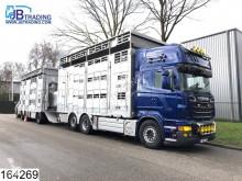 Ciężarówka z przyczepą do transportu bydła używana Scania R 620