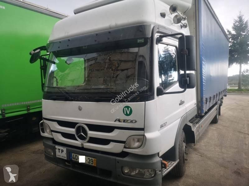 Преглед на снимките Камион Mercedes Atego 822
