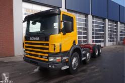Camión Scania P124 chasis usado